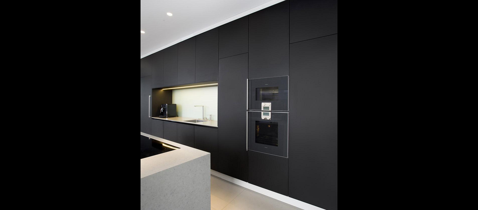 mtb k che mit perfektem styling in antrazit. Black Bedroom Furniture Sets. Home Design Ideas