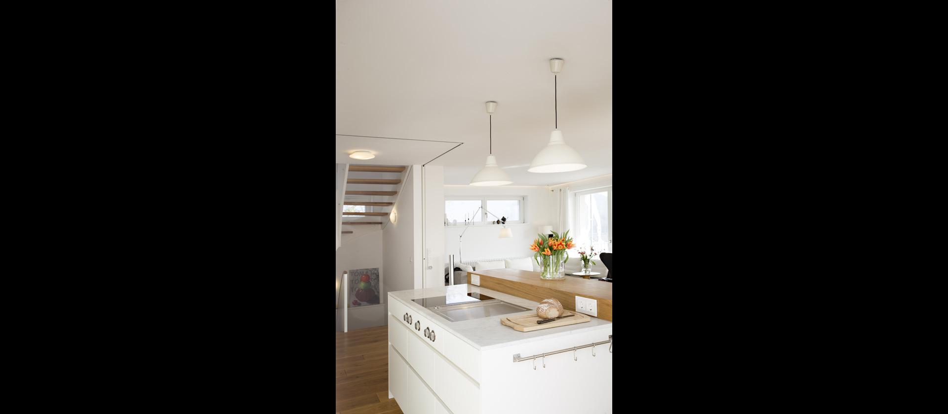 mtb wohnk che mit parkpl tzen f r schiebet ren. Black Bedroom Furniture Sets. Home Design Ideas