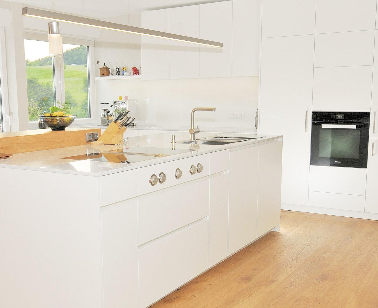 Fantastisch Weiß Schüttler Küche Fotos Ideen - Ideen Für Die Küche ...